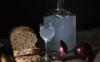 Простые пошаговые инструкции по очистке самогона хлебом